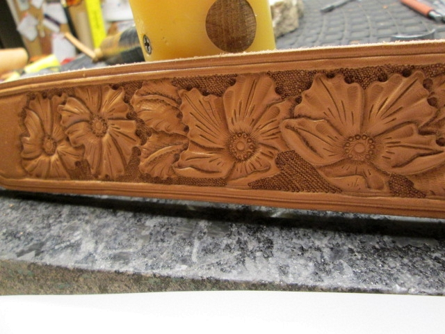 . A sheridan styled tooled leather dog collar
